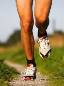 How to Choose Right-Fitting Sneakers and Running Shoes